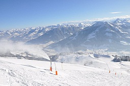 Snowmaking at the SkiWelt