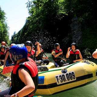Mountain High River Rafting und Kanu
