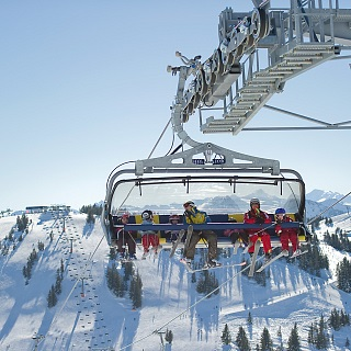 Wow! Such an example: getting to the SkiWelt by public transport