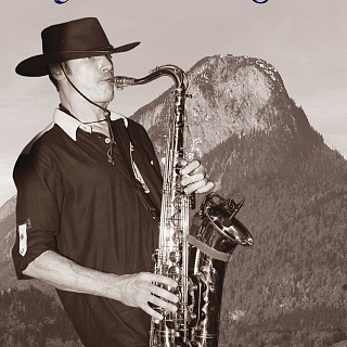 DI - Georg on the Sax in der Hexenalm