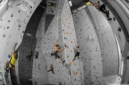 9b22ccb2c9c67c Kletterspaß für Groß und Klein in der Kletterhalle KletterKitz im Sportpark  Kitzbühel.